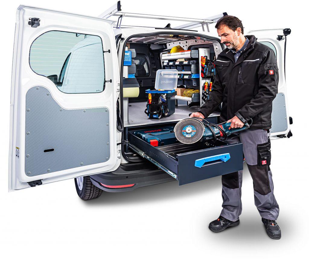 VW Caddy avec aménagement pour utilitaires SR5 et tiroirs grand volume Jumbo-Unit de Sortimo